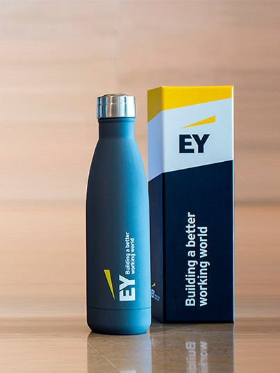Cobranding Cool Bottles y Ernst and Young